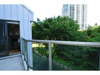"Photo 15: 414 260 NEWPORT Drive in Port Moody: North Shore Pt Moody Condo for sale in ""THE MCNAIR"" : MLS®# V1078389"