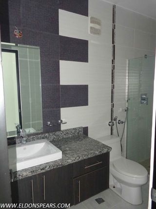 Photo 2: Condo in Luxor Tower, Panama City, Panama