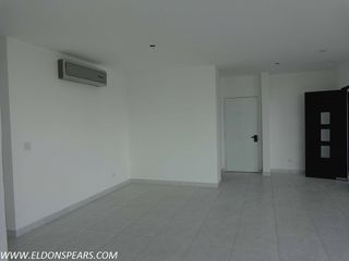 Photo 4: Condo in Luxor Tower, Panama City, Panama