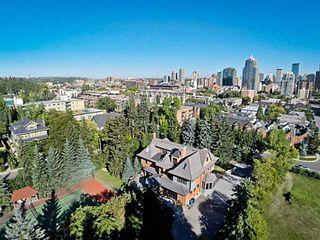 Photo 3: 717 ROYAL AV SW in CALGARY: Mount Royal House for sale (Calgary)  : MLS®# C3636869