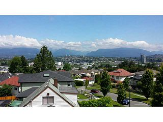 Photo 1: 3549 WORTHINGTON DR in Vancouver: Renfrew Heights House for sale (Vancouver East)  : MLS®# V1124604