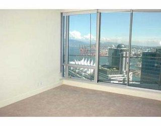 "Photo 8: 2704 1077 W CORDOVA ST in Vancouver: Coal Harbour Condo for sale in ""SHAW TOWER"" (Vancouver West)  : MLS®# V537380"