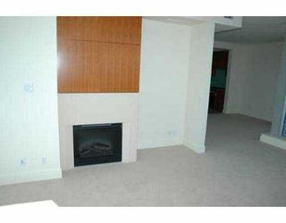 "Photo 4: 2704 1077 W CORDOVA ST in Vancouver: Coal Harbour Condo for sale in ""SHAW TOWER"" (Vancouver West)  : MLS®# V537380"