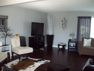 Photo 2: 8753 BUTCHART STREET in Chilliwack: Chilliwack E Young-Yale House for sale : MLS®# R2068310