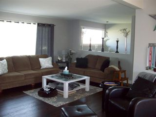Photo 3: 8753 BUTCHART STREET in Chilliwack: Chilliwack E Young-Yale House for sale : MLS®# R2068310