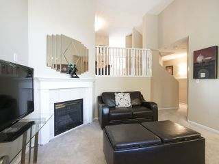 Photo 4: 47 19034 MCMYN ROAD in Pitt Meadows: Mid Meadows Townhouse for sale : MLS®# R2100043