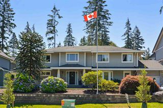 Photo 1: 15736 MOUNTAIN VIEW DRIVE in Surrey: Grandview Surrey House for sale (South Surrey White Rock)  : MLS®# R2095102
