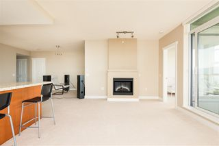 Photo 7: 903 9188 UNIVERSITY Crescent in Burnaby: Simon Fraser Univer. Condo for sale (Burnaby North)  : MLS®# R2392857