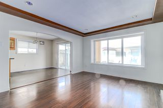 Photo 2: 5839 HARDWICK Street in Burnaby: Central BN House 1/2 Duplex for sale (Burnaby North)  : MLS®# R2393930
