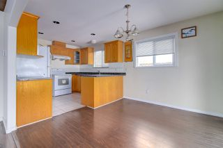 Photo 4: 5839 HARDWICK Street in Burnaby: Central BN House 1/2 Duplex for sale (Burnaby North)  : MLS®# R2393930