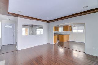 Photo 8: 5839 HARDWICK Street in Burnaby: Central BN House 1/2 Duplex for sale (Burnaby North)  : MLS®# R2393930