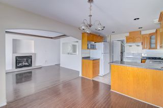 Photo 5: 5839 HARDWICK Street in Burnaby: Central BN House 1/2 Duplex for sale (Burnaby North)  : MLS®# R2393930
