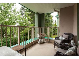 """Photo 20: 225 13880 70 Avenue in Surrey: East Newton Condo for sale in """"Chelsea Gardens- The Windsor Building"""" : MLS®# R2398385"""