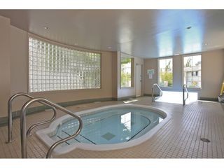 """Photo 16: 225 13880 70 Avenue in Surrey: East Newton Condo for sale in """"Chelsea Gardens- The Windsor Building"""" : MLS®# R2398385"""