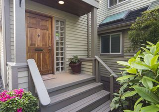 Main Photo: 1319 MAPLE Street in Vancouver: Kitsilano House 1/2 Duplex for sale (Vancouver West)  : MLS®# R2406053