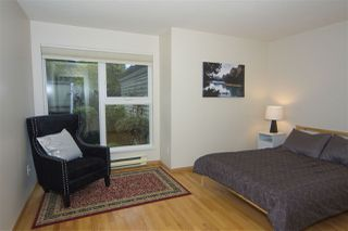 Photo 4: 1319 MAPLE Street in Vancouver: Kitsilano House 1/2 Duplex for sale (Vancouver West)  : MLS®# R2406053