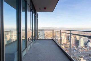 Photo 3: 4305 6098 STATION Street in Burnaby: Metrotown Condo for sale (Burnaby South)  : MLS®# R2434456