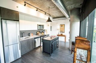 Photo 2: 401 490 2nd Avenue South in Saskatoon: Central Business District Residential for sale : MLS®# SK815536