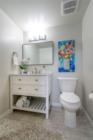 Photo 27: 201 420 Parry St in Victoria: Vi James Bay Condo Apartment for sale : MLS®# 845127