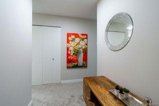 Photo 2: 201 420 Parry St in Victoria: Vi James Bay Condo for sale : MLS®# 845127