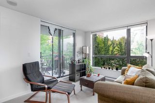 """Photo 9: 404 833 AGNES Street in New Westminster: Downtown NW Condo for sale in """"THE NEWS"""" : MLS®# R2487078"""