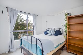 """Photo 11: 404 833 AGNES Street in New Westminster: Downtown NW Condo for sale in """"THE NEWS"""" : MLS®# R2487078"""