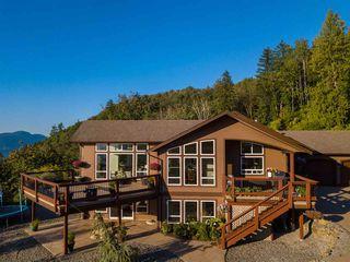 """Main Photo: 8246 SHREWSBURY Drive in Chilliwack: Chilliwack Mountain House for sale in """"Chilliwack Mountain"""" : MLS®# R2496964"""