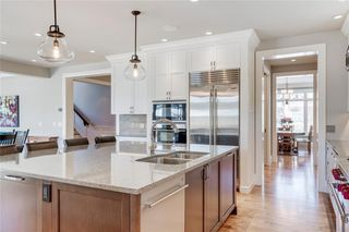 Photo 15: 2113 2 Avenue NW in Calgary: West Hillhurst Detached for sale : MLS®# A1039039