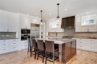 Photo 14: 2113 2 Avenue NW in Calgary: West Hillhurst Detached for sale : MLS®# A1039039