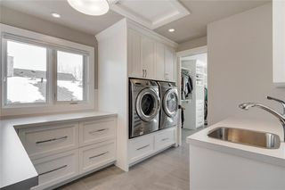 Photo 37: 2113 2 Avenue NW in Calgary: West Hillhurst Detached for sale : MLS®# A1039039