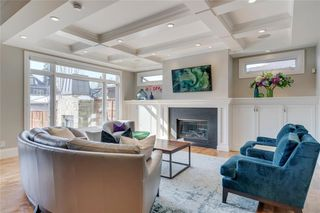Photo 9: 2113 2 Avenue NW in Calgary: West Hillhurst Detached for sale : MLS®# A1039039