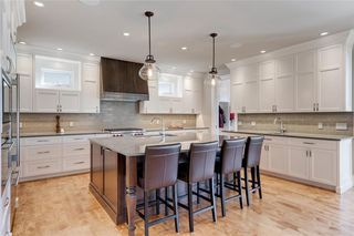 Photo 13: 2113 2 Avenue NW in Calgary: West Hillhurst Detached for sale : MLS®# A1039039