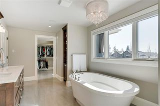 Photo 29: 2113 2 Avenue NW in Calgary: West Hillhurst Detached for sale : MLS®# A1039039