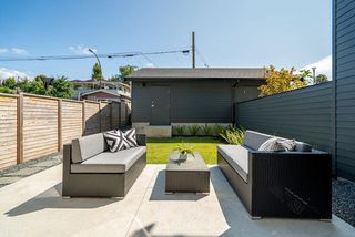 Photo 19: 4132 BEATRICE STREET in Vancouver: Victoria VE 1/2 Duplex for sale (Vancouver East)  : MLS®# R2508253