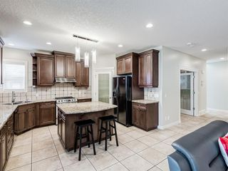 Photo 2: 850 Kincora Bay NW in Calgary: Kincora Detached for sale : MLS®# A1043622