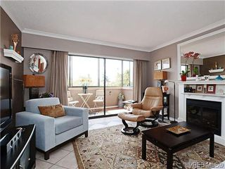 Photo 2: 204 1121 Esquimalt Rd in VICTORIA: Es Saxe Point Condo for sale (Esquimalt)  : MLS®# 605948