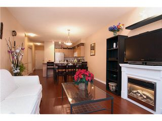 Photo 5: 7 730 FARROW Street in Coquitlam: Coquitlam West Condo for sale : MLS®# V980372