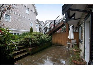 Photo 9: 7 730 FARROW Street in Coquitlam: Coquitlam West Condo for sale : MLS®# V980372