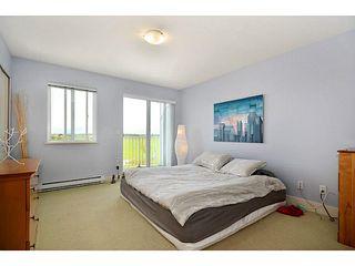 "Photo 8: 4 6300 LONDON Road in Richmond: Steveston South Townhouse for sale in ""London Landing"" : MLS®# V1011923"