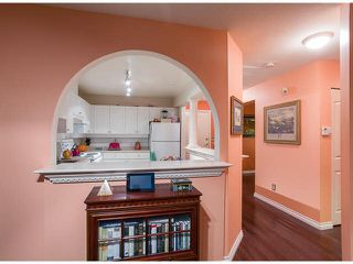 "Photo 8: 302 1655 GRANT Avenue in Port Coquitlam: Glenwood PQ Condo for sale in ""BENTON"" : MLS®# V1081330"