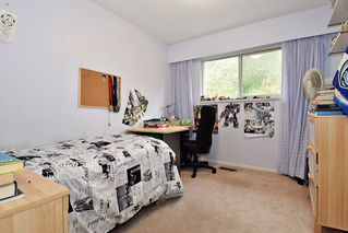 Photo 11: 2318 KIRKSTONE ROAD in North Vancouver: Lynn Valley House for sale : MLS®# R2117519