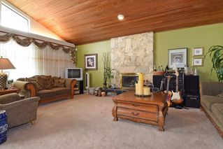 Photo 3: 2318 KIRKSTONE ROAD in North Vancouver: Lynn Valley House for sale : MLS®# R2117519