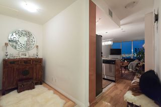 Photo 17: 1705 188 E ESPLANADE in North Vancouver: Lower Lonsdale Condo for sale : MLS®# R2148566