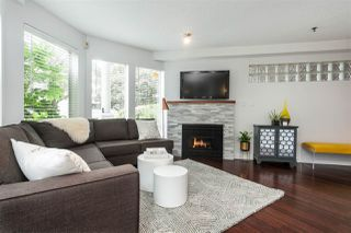 Photo 2: 104 1988 MAPLE STREET in Vancouver: Kitsilano Condo for sale (Vancouver West)  : MLS®# R2287436