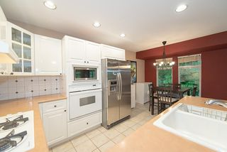 Photo 9: 1178 STRATHAVEN DRIVE in North Vancouver: Northlands Townhouse for sale : MLS®# R2278373