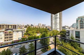 Photo 15: 906 151 W 2ND STREET in North Vancouver: Lower Lonsdale Condo for sale : MLS®# R2332933