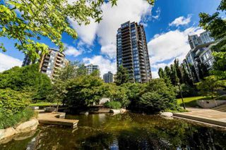 Photo 18: 906 151 W 2ND STREET in North Vancouver: Lower Lonsdale Condo for sale : MLS®# R2332933