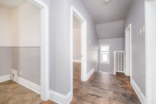 Photo 3: 2 360 Redwood Avenue in Winnipeg: House Duplex for rent