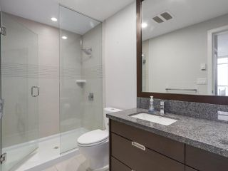 Photo 6: 2004 2077 Rosser Ave in Burnaby: Brentwood Park Condo for sale (Burnaby North)  : MLS®# R2343605
