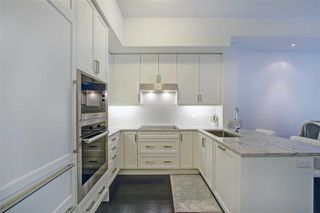 Photo 11: 213 20 Fred Varley Drive in Markham: Unionville Condo for sale : MLS®# N4532873